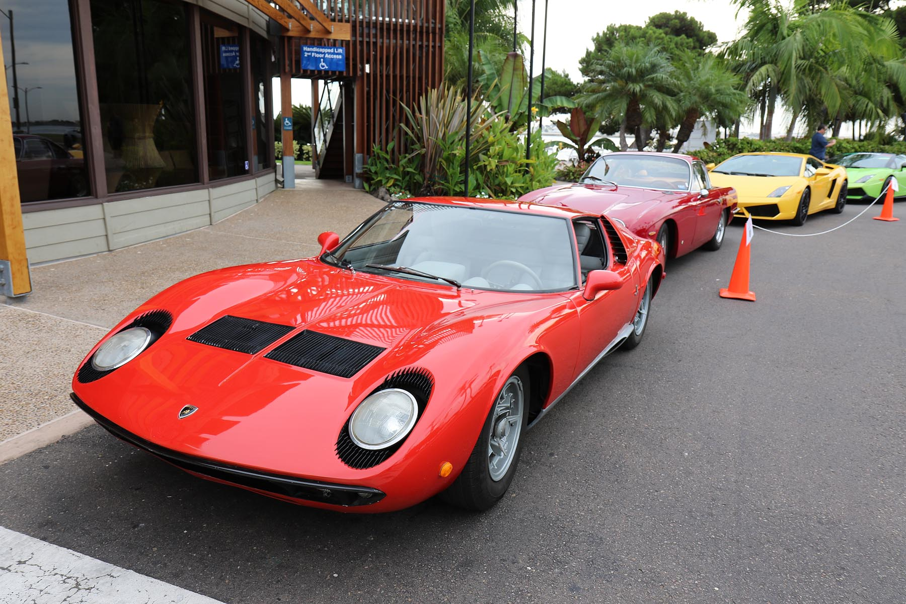 Andrew's Miura in the Lead at Brunch